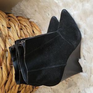 Joe's black wedged booties